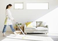 客厅选择铺瓷砖还是地板 瓷砖和地板有哪些优缺点