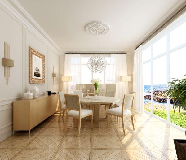 为增加客厅使用面积,将阳台改落地窗,被物业处罚款得不偿失呀