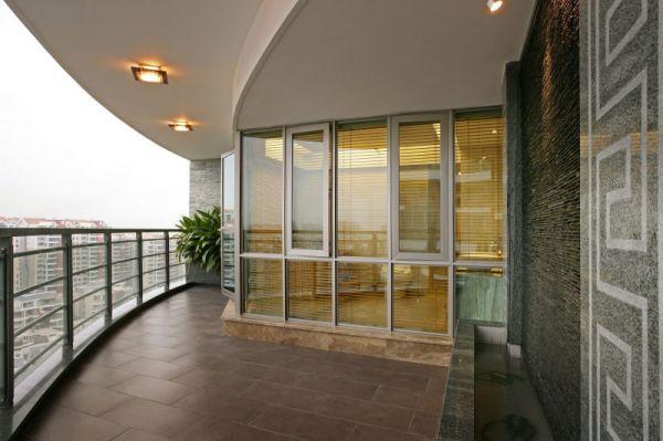 阳台还在装推拉门?现在流行敞开式,客厅面积增大了一倍